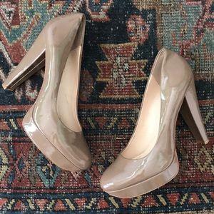 Calvin Klein Taupe patent Carley pump 10 heels